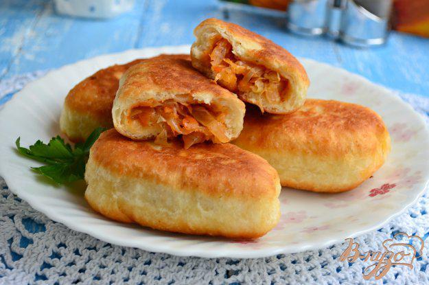 Пирожки дрожжевые жареные с капустой, 100 штук общепит