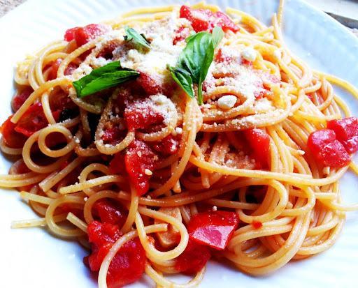 Спагетти с соусом Помодоро и базиликом, порция общепит