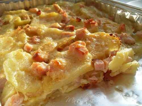 Карбонад, запеченный с сыром