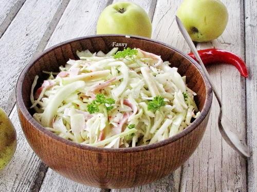 Салат из капусты б/к с яблоками и корицей