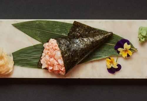 Суши Темаки с гребешком и сливочным сыром