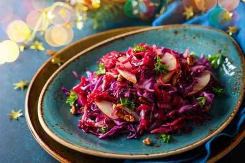 Рецептура блюда Салат из маринованной свеклы с яблоками