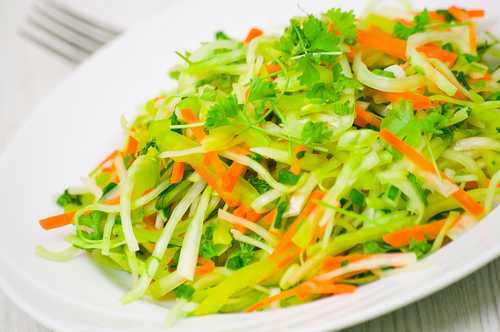 Рецептура блюда Салат из редьки с овощами
