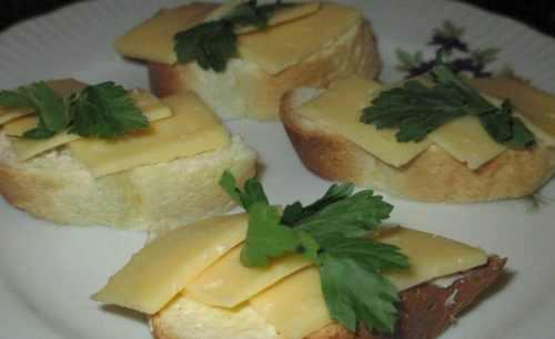 Рецептура блюда Бутерброды с сыром