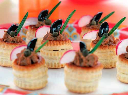 Рецептура блюда Корзиночки и волованы с различными продуктами и кулинарными изделиями