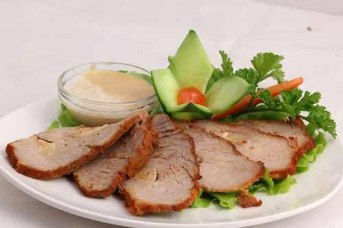 Рецептура блюда Окорок, или корейка, или грудинка, или шпик с гарниром