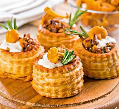 Рецептура блюда волованы с различными гастрономическими товарами