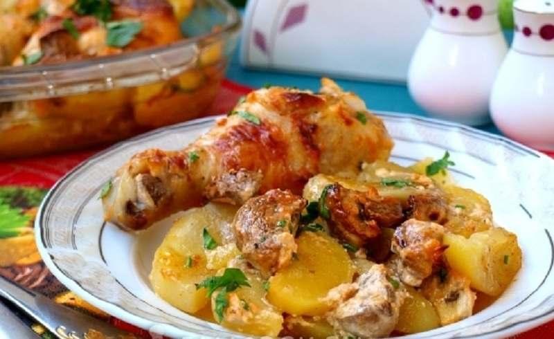 Рецептура блюда Картофель, запеченный с окороком и грибами