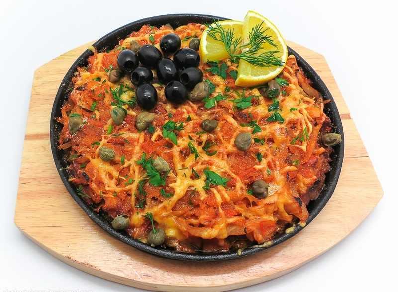 Рецептура блюда Солянка из рыбных консервов на сковороде